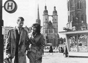 DEFA-Film »Der geteilte Himmel«,1963/64 DDR, Regie Konrad Wolf, mit den Darstellern Renate Blume und Eberhard Esche. Aus: http://www.berlingeschichte.de/bms/bmstxt01/0106gesb.htm