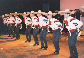 Mexicana se vienen en su boca y se los escupe - 1 part 1