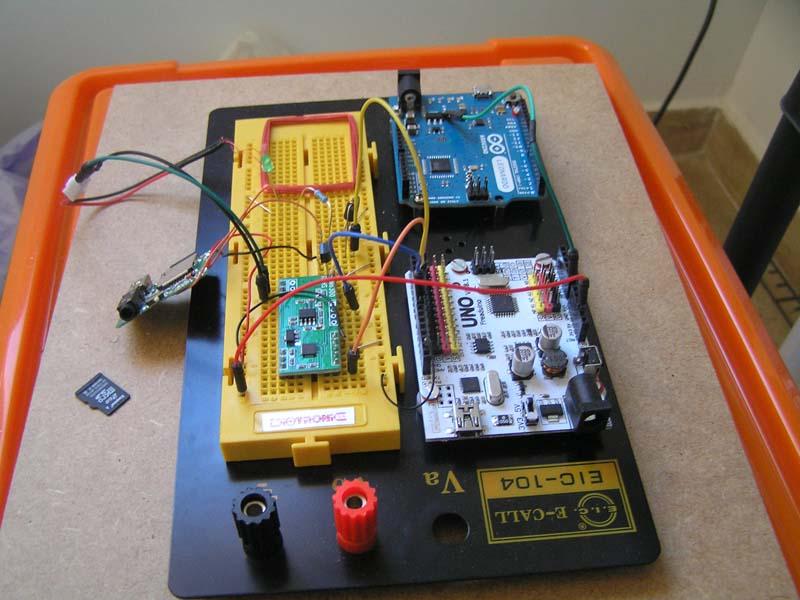 [Imagen: hardware-parlanchina-arduino.jpg]