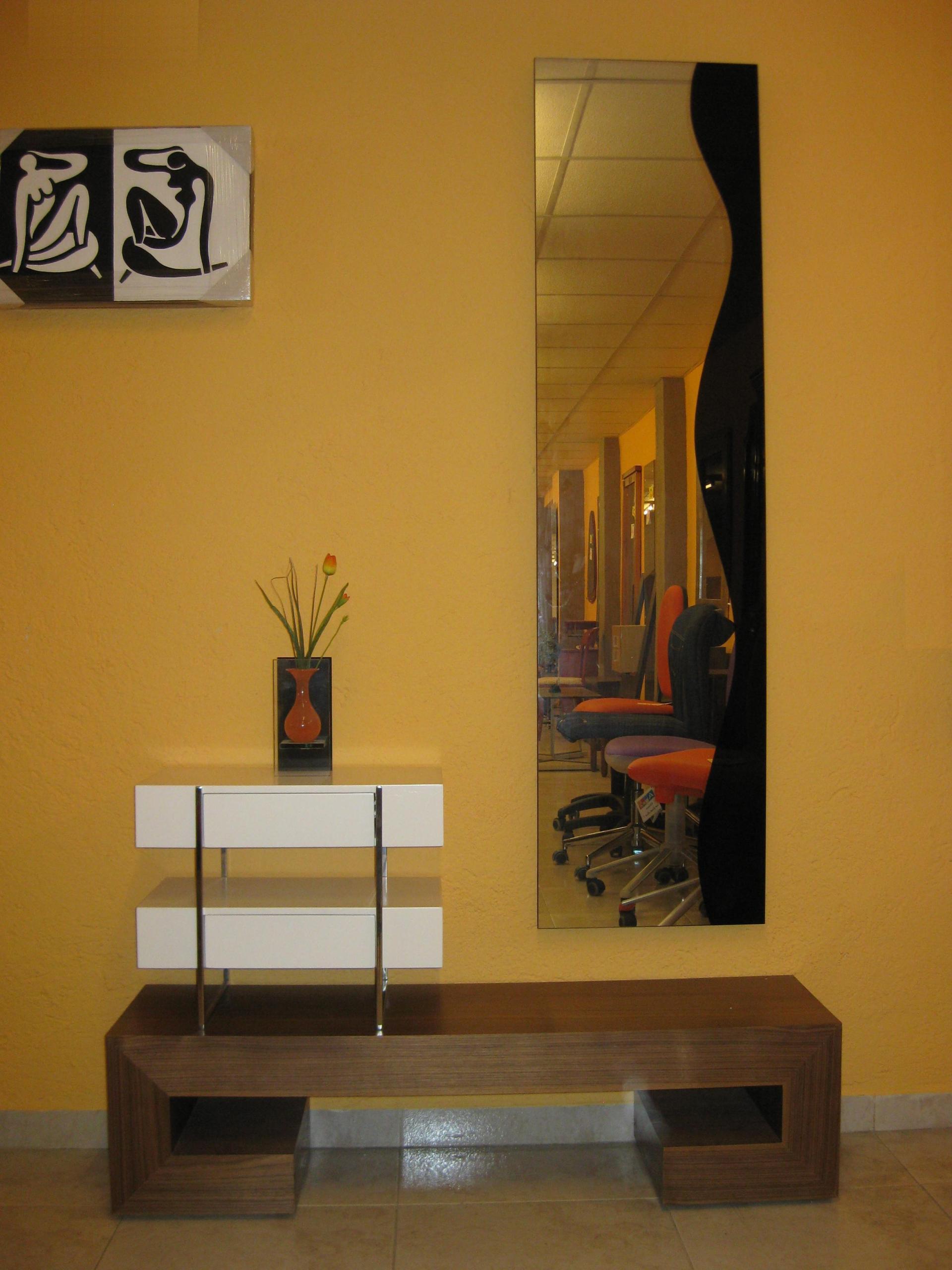 Muebles yuste tarragona for Muebles de oficina tarragona